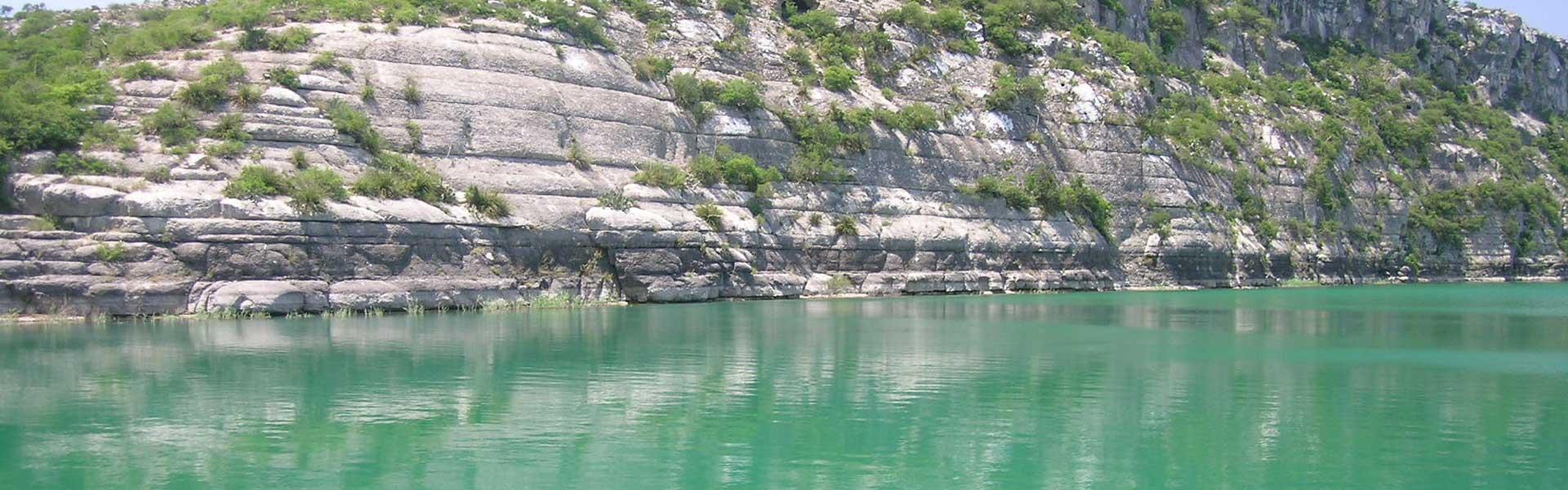 Superbe Lake Amistad Rentals