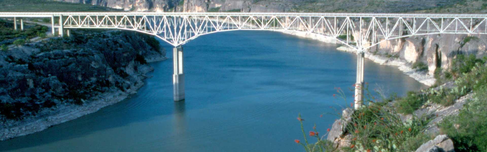 Merveilleux Lake Amistad Rentals